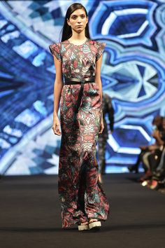 Mercedes-Benz Fashion Week México - P/V 2017 by Pineda Covalin.