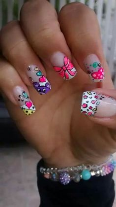 Love these colorful nails! Nails & Co, Love Nails, Fun Nails, Pretty Nails, Hair And Nails, Fingernail Designs, Toe Nail Designs, Pretty Nail Designs, Cute Nail Art