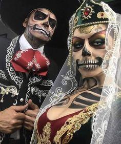 Mexican Halloween Costume, Halloween Makeup Sugar Skull, Halloween Men, Halloween Inspo, Disney Halloween Costumes, Couple Halloween, Halloween Horror, Halloween 2018, Carnival Makeup