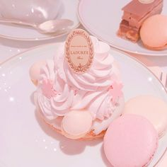November 19 2019 at Peach Aesthetic, Aesthetic Food, Aesthetic Pastel, Imagenes Color Pastel, Cute Food, Yummy Food, Creme Dessert, Pink Foods, Cute Desserts