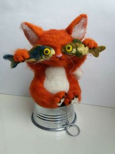 Crochet cat Crochet cat Learn the fact (generic term) of how to crochet, starting at the very beginn Needle Felted Cat, Needle Felted Animals, Felt Animals, Felt Bunny, Felt Cat, Chat Crochet, Crochet Cats, Crochet Animals, Art Textile
