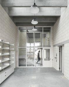 Juergen Teller Studio  / 6a architects