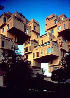 Rare Buildings Around the World - Habitat or simply Habitat, is a model community and housing complex in Montreal, Canada, designed by Israeli–Canadian architect Moshe Safdie. Interesting Buildings, Amazing Buildings, Expo 67 Montreal, Montreal Quebec, Beautiful Architecture, Architecture Design, Montreal Architecture, Places Around The World, Around The Worlds