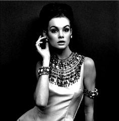 Vintage Vogue Editorial | musesofastylist