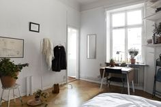 A great example of how to turn an 25 m² apartment into a cozy and stylish home.