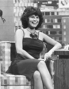 Picture of Adrienne Barbeau Adrienne Barbeau, Famous Women, Celebs, Celebrities, American Actress, Fashion Beauty, Boobs, Actresses, Black And White