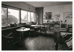 Salon, une petite maison