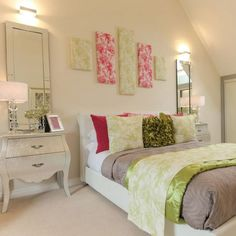Symmetry is key if you're looking to create a pristine showhome feel for your bedroom. Anyone can achieve this look by simply duplicating the same furniture on either side of the bed. #Bedroom #Home #InteriorDesign #InteriorDesignIdeas #TaylorWimpey #Symmetry #Inspiration #HomeIdeas