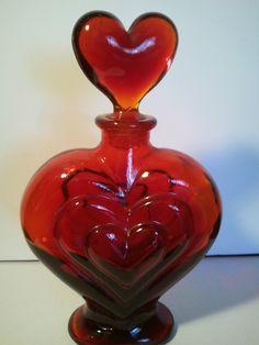 TRIPLE HEART SHAPED RUBY RED GLASS BOTTLE WITH HEART TOP~PERFUME BOTTLE~ | eBay