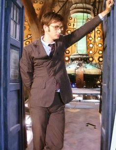 Doctor who - The runaway bride new photo David Tennant 13th Doctor, Eleventh Doctor, John Smith, Matt Smith, Serie Doctor, Runaway Bride, David Tennant Doctor Who, Doctor Who Quotes, Rory Williams