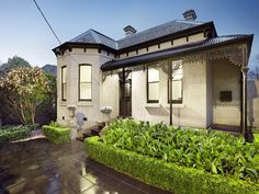 55 Broadway, Camberwell, Vic View property details and sold price of 55 Broadway & other properties in Camberwell, Vic Victorian Style Homes, Edwardian House, Facade House, House Facades, House Exteriors, Rendered Houses, Australian Homes, Exterior House Colors, Maine House