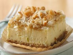 Key Lime Cheesecake Dessert - Looking for a easy key lime dessert using Betty Crocker® oatmeal cookie mix? Then check out these delicious cheesecake bars. Key Lime Desserts, Pecan Desserts, Cheesecake Desserts, Just Desserts, Delicious Desserts, Dessert Recipes, Pumpkin Cheesecake, Yummy Food, Picnic Recipes