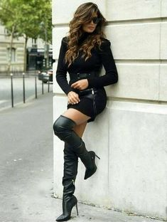 De 20+ beste afbeeldingen van Black Thigh High Boots in 2020
