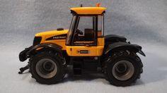 Ertl JCB 3220 Fastrac Tractor 1:32 Scale; Britains  #ERTL #JCB