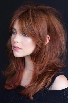 Auburn Racy Razored Layers ❤ Layered haircuts are very trendy and quite versatile. Furthermore, they are a great way to mix it up and add some volume and flair to ordinary hair, especially if you are running out of Layered Haircuts For Medium Hair, Haircuts For Long Hair, Long Hair Cuts, Medium Hair Styles, Cool Hairstyles, Short Hair Styles, Hairstyles Haircuts, Medium Hair With Layers, Long Shag Hairstyles