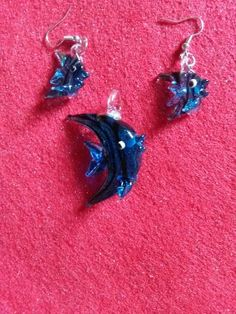 Blue glass fish pendant and matching earrings #newjewlz #hempjewlz #hemp #jewelry #pendant #glass #fish #blue #set