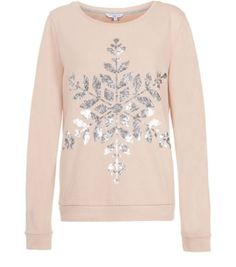 Get in the festive spirit and prepare for the countdown to Christmas in this sequin embellished, snowflake jumper. Classic sweater stylePlain reverse