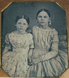 Daguerreotype of two sisters