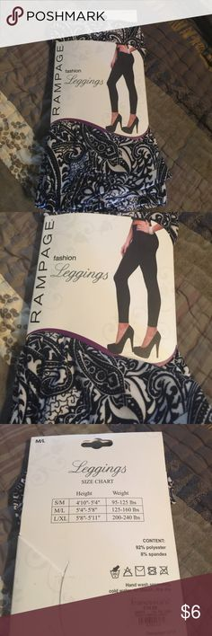 M/L black/white leggings from Francesca's. M/L. See pictures for size, content, and wash instructions. black/white leggings from Francesca's. Francesca's Collections Pants Leggings