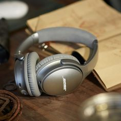 The Bose QuietComfort 35 headphones continue to push the industry's best noise cancellation to new limits—and now they do so without wires.