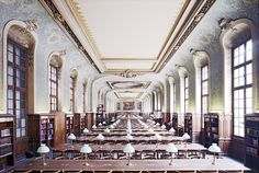 Bibliothèque de la Sorbonne Paris I ©Candida Höfer, Köln; Library Study Room, History Of Photography, Interior Photography, Paris Ville, Dark Places, Contemporary Architecture, Beautiful Places, Around The Worlds, Paris France