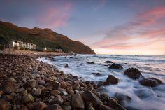 views tintswalo atlantic Beach mountain cape town hout Bay Romantic Destinations, Romantic Places, Romantic Getaways, Beautiful Places, Cape Town Tourism, Cape Town Hotels, Sightseeing Bus, City Pass, Atlantic Beach