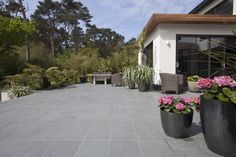Brazilian Grey Natural Slate Paving Slabs - Brazilian Slate Paving stockist and other natural slate or limestone paving available from Mrs Stone Store. Slate Paving Slabs, Grey Paving, Limestone Paving, Slate Patio, Stone Store, Stone Tiles, Natural Stones, Terrace, Garden Design
