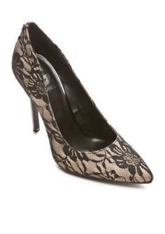 G by GUESS  Felisity Pump
