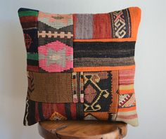New Kilim Pillows – kilim Rugs Bohemian Girls, Boho, Bohemian Decor, Bohemian Style, Kilim Cushions, Kilim Rugs, Throw Pillows, Silk Pillow, Geometric Pillow