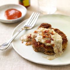 Healthy Chicken Fried Steak Weight Watchers Recipe - The flavor was wonderful but the crust kept coming off. I'll have to tweak it. Loved it though! Ww Recipes, Skinny Recipes, Steak Recipes, Chicken Recipes, Healthy Recipes, Recipies, Healthy Chicken, Healthy Meals, Diet Meals
