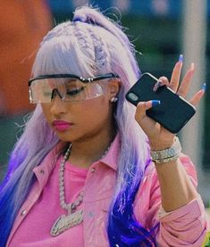 Find images and videos about make up, baddie and rapper on We Heart It - the app to get lost in what you love. Nicki Baby, Nicki Minaji, Nicki Minaj Barbie, Nicki Minaj Videos, Nicki Minaj Pictures, Nicki Minaj Wallpaper, Nicki Minaj Outfits, Sunglasses For Your Face Shape, Rapper
