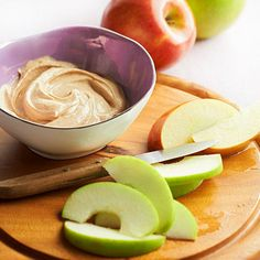 The next time you're craving apple snacks, whip up this quick maple-cinnamon dip. This apple dip is super simple (perfect for an after-school snack!), and only needs four ingredients. Healthy Snacks List, Snack Recipes, Cooking Recipes, Dip Recipes, Healthy Foods, Cooking Tips, Healthy Eating, Healthy Recipes, Apple Snacks