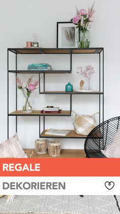 Regal dekorieren: so geht's! In our video we show you how you can decorate shelves in a snap with a few simple tricks. Shelves in industrial style in particular are a visual highlight and also offer p Cool Shelves, Living Room Decor, Bedroom Decor, Ikea Bedroom, Decoration Entree, Industrial Interior Design, Industrial Style, Industrial Bookshelf, Industrial Storage