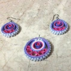 sumarts.biz - Art & Craft work by Sumathi - Quilling - paper jewellery, photo frames & other display items