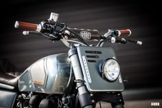 Street Tracker by Britalmoto Triumph Thruxton Street Tracker by Britslmoto of Switzerland.Triumph Thruxton Street Tracker by Britslmoto of Switzerland. Cafe Racer Headlight, Cafe Racer Helmet, Motorcycle Headlight, Cafe Racer Bikes, Cafe Racer Motorcycle, Motorcycle Helmets, Tracker Motorcycle, Retro Motorcycle, Motorcycle Style