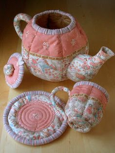 The Quilted Teapot pattern is now available in my SHOP . This one& for all those tea lovers out there. This beautiful work of art is . Craft Patterns, Quilt Patterns, Sewing Patterns, Fabric Crafts, Sewing Crafts, Sewing Projects, Quilted Gifts, Plush Pattern, Tea Cozy