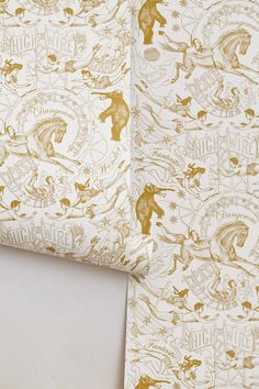 Victorian Circus Wallpaper - anthropologie #circus #wallpaper
