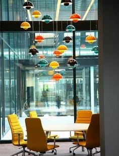 Meeting room with Lights, a great idea also for a dining room.