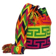 Get 3 Free Bracelets with your first purchase Tribal Bags, Bags Online Shopping, Tapestry Bag, Knitted Bags, Crochet Accessories, Crochet Designs, Crochet Projects, Baby Car Seats, Bucket Bag