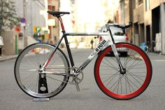 CINELLI MASH PARALLAX CUSTOM BIKE