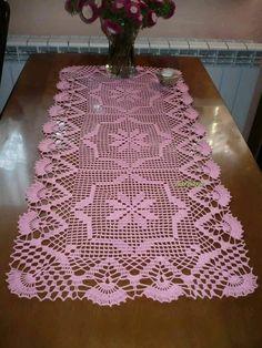 Crochet Art, Filet Crochet, Crochet Motif, Crochet Doilies, Crochet Table Runner Pattern, Crochet Tablecloth, Crochet Stitches Patterns, Crochet Christmas Ornaments, Diy Ribbon