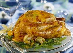 V dnešní uspěchané době si málokdy dopřejeme pečení celého kuřete, bez porcování. Úprava a la bažant k tomu přímo vybízí. Výsledkem je šťavnatá pečínka.