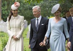 Kate Middleton and Queen Matilde of Belgium Photos - British Royals Visit the St Symphorien Military Cemetery - Zimbio