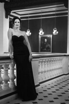 Private Portrait Shoot Paris – Movie-Star Glamour http://carlacoulson.com/private-portrait-shoot-paris/