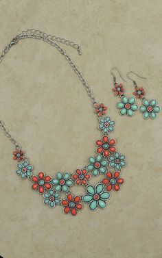 Blazin Roxx Red  Green Daisy Necklace and Earrings Jewelry Set