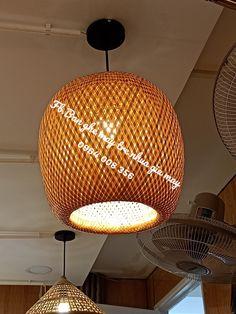 Đèn mây tre đan - lồng đèn tre - đèn lồng thả trần - đèn trang trí. Những chiếc đèn đơn sơ làm bằng tre nứa nhưng chứa đựng cả một kiệt tác mĩ thuật hoàn hảo.Những chiếc đèn mây tre này cho ta thấy được nét tinh vi trong từng đường nét, khi chiếu sáng cho thấy một ánh sáng hoàn hảo được lan tỏa ra từ đèn. Liên hệ: Hotline: 0964008356(zalo) Hoặc tới trực tiếp cửa hàng tại: 105 Đinh Bộ Lĩnh, p15, Bình Thạnh, tp HCM. #đènmâytređan #đèn #decor #trangtrí Bamboo Light, Bamboo Lamp, Ceiling Lights, Lighting, Home Decor, Decoration Home, Light Fixtures, Room Decor, Ceiling Lamp