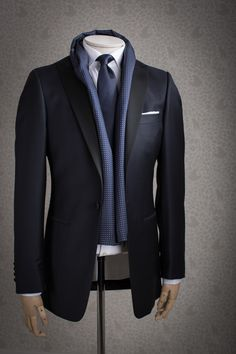 malfordoflondon: Just In: Gieves & Hawkes Midnight Blue Dinner Suits www.malfordoflondon.com