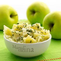 PASTA AL PESTO DI MELA #pasta #primo #frutta #pesto #mela #originale #ricettafacile #ricettaveloce #vegetariana