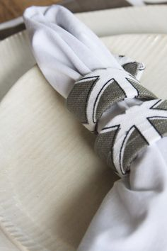 A new flexible fabric covered napkin ring