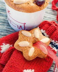 Lebkuchen Rezept - SONNENTOR.com Gingerbread Cookies, Xmas, Desserts, Food, House, Petit Fours, Gingerbread Recipes, Almonds, Cherries